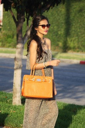 carrot orange Michael Kors bag - Four Sisters sunglasses