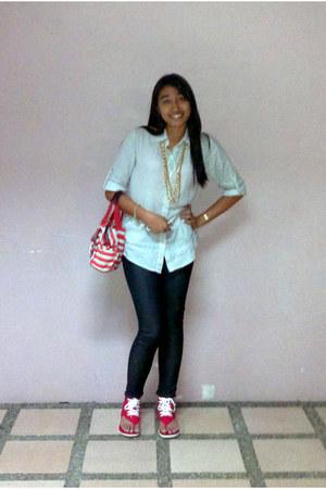 Freeway top - Kipling bag - Faridez necklace - Freego pants - Converse sandals