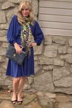 Tre Vero scarf - vintage dress - vintage bag - Dolce Vita flats