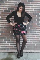dark gray H&M tights - coral Dynamite skirt - black unknown top