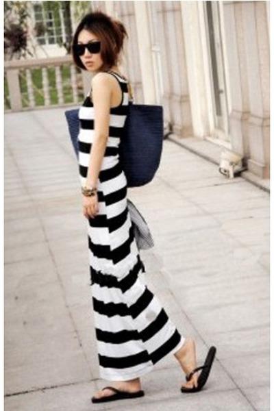 f4c863f42f7f3 Dresses Blue Crochet Bags Sungles Flip Flops Flats Summer