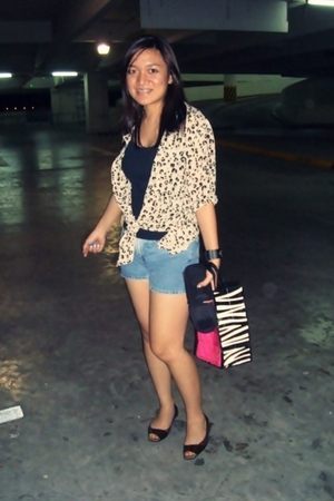 beige Leopy blouse - brown Kenneth Cole Reaction shoes - blue Gap shorts - black