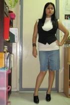 Bayo blouse - Mossimo vest - Guess skirt - Forever21 bracelet - httpdenimandpear