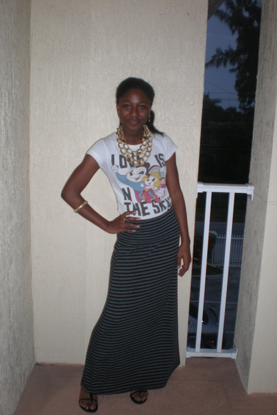 gray stripes Pac Sun skirt - black Kenneth Cole sandals - white Zara t-shirt