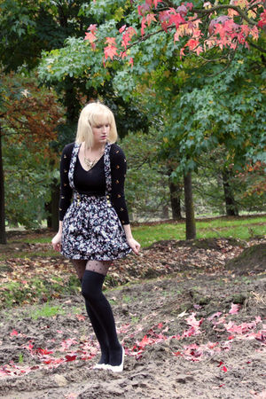 white Skills shoes - black vintage sweater - black dotted H&M tights