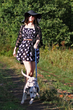 green almost flats pull&bear shoes - black pieces dress - black H&M hat