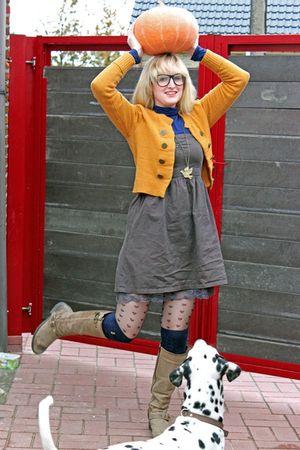 brown Kickers boots - gray Vero Moda dress - black Primark tights