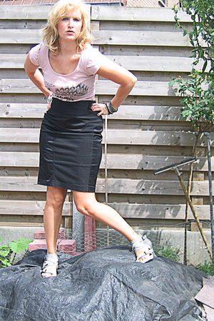 pink Primark t-shirt - black Mango skirt - gray some market shoes - white free p