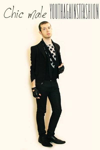 black shoes - black pants - black vest - white t-shirt - black scarf - black glo