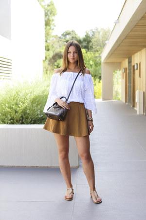 alma damier Louis Vuitton bag - full American Apparel skirt