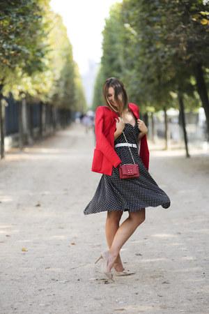 red Mango blazer - asos dress - chain manurina bag - suede Via Maestra pumps
