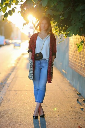 ruby red animal print Mags and Pye cardigan - sky blue baby blue H&M jeans