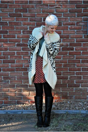 aztec Forever 21 sweater - black Forever 21 boots