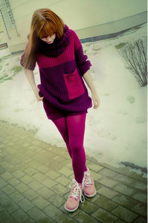 magenta Bershka sweater - pink Timberland boots - magenta H&M scarf