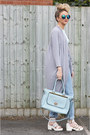 Sky-blue-mom-missguided-jeans-light-blue-faux-leather-missguided-bag