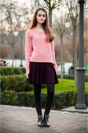 Bershka sweater - Anne Michelle boots - Bershka skirt