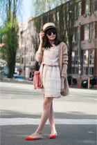 nude straw hat handmade hat - eggshell checkered Mango dress