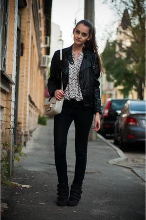 black Zara jeans - black Sheinside jacket - silver H&M bag