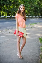 Aldo bag - Zara shorts - Aldo heels - Zara t-shirt - Stradivarius necklace