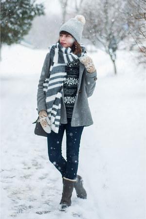 silver wool Zara coat - dark gray waterproof Timberland boots