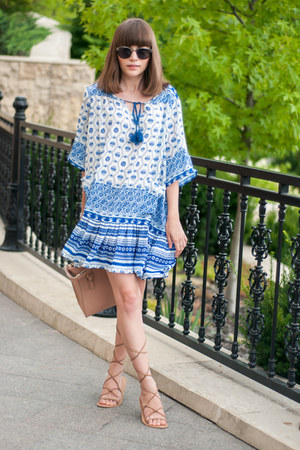 blue tribal Sheinside dress - peach pink Zara bag
