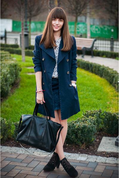 H&M coat - Mango boots - H&M shirt - Zara bag - pull&bear skirt