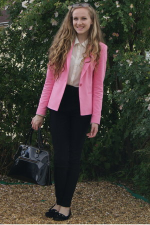 bubble gum fitted Zara blazer - off white new look blouse