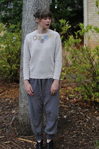 beige jeweled JCrew sweater - navy slouchy Urban Outfitters pants