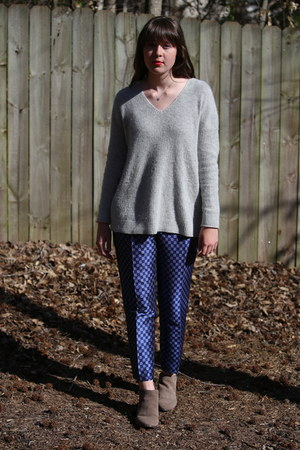 blue tie Anthropologie pants - tan ankle boots DSW boots