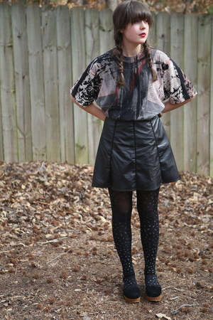black slouchy vintage shirt - black black Gap tights