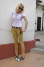 Black-buckle-down-belt-light-pink-glow-sunglasses-camel-bershka-pants