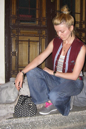 black polka dots Terranova bag - white striped H&M top
