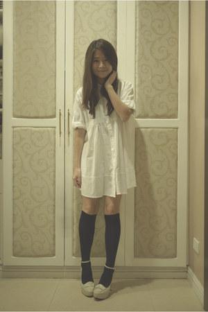 white polo blouse - black knee-high stockings - cream Gibi pumps