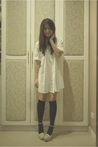 white polo blouse - black knee-high stockings - cream Gibi pumps