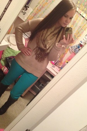 turquoise blue Nordstrom Rack jeans - nude Forever 21 sweater