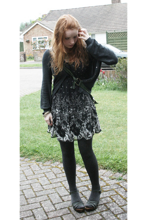 new look top - new look dress - Topshop tights - debenhams collection shoes