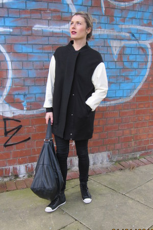 coat Zara jacket - leather Mango bag - leather pull&bear sneakers