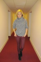 burgundy H&M pants - black boots Zara boots - grey H&M jumper