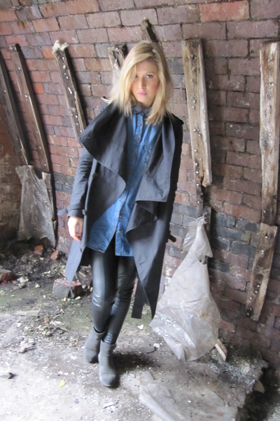 black All Saints coat - grunge Zara boots - faux leather Topshop leggings