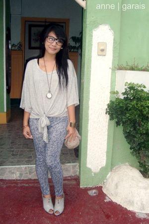 fh blouse - random brand leggings - Primadonna shoes - Chanel bag - Aldo accesso
