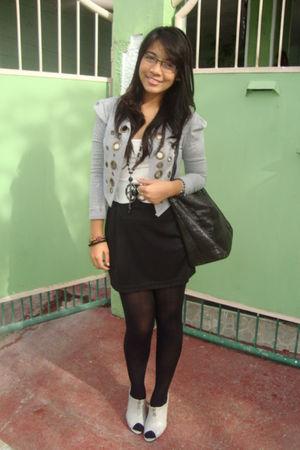 black H&M bag - gray Primadonna shoes - white mint belt - white Forever 21 top -