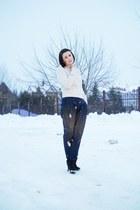 black Deichmann boots - off white H&M sweater - navy Zara pants
