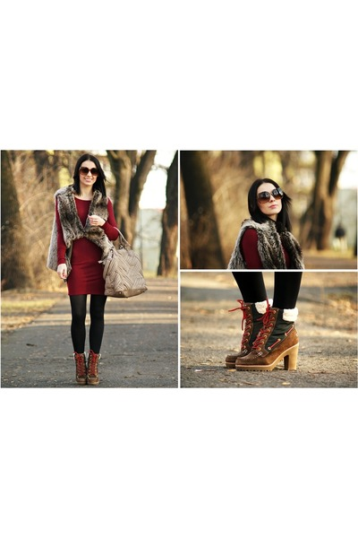 brown sperry boots - maroon no name dress - tan Misensa bag