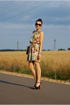 tan Love dress - bronze Cubus bag - black fleqpl sandals