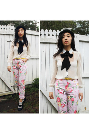 off white blouse - black hat - light pink Ralph Lauren pants