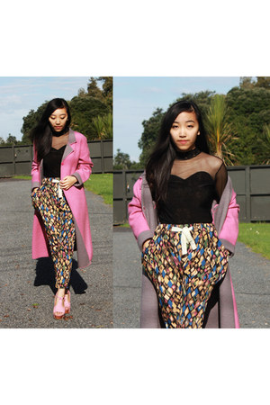 camel MD fashion pants - bubble gum vintage coat - light pink Yalda heels