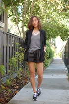 Topshop blazer - Choies shorts - nike sneakers - Uniqlo t-shirt