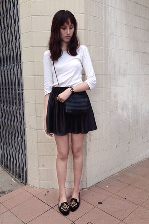 black crossbody bag - white cotton shirt - black skater asos skirt