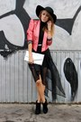 Black-new-look-hat-coral-river-island-jacket-silver-secondhand-bag