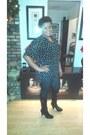 Knee-high-boots-jlo-faux-jean-leggings-polka-dots-blouse